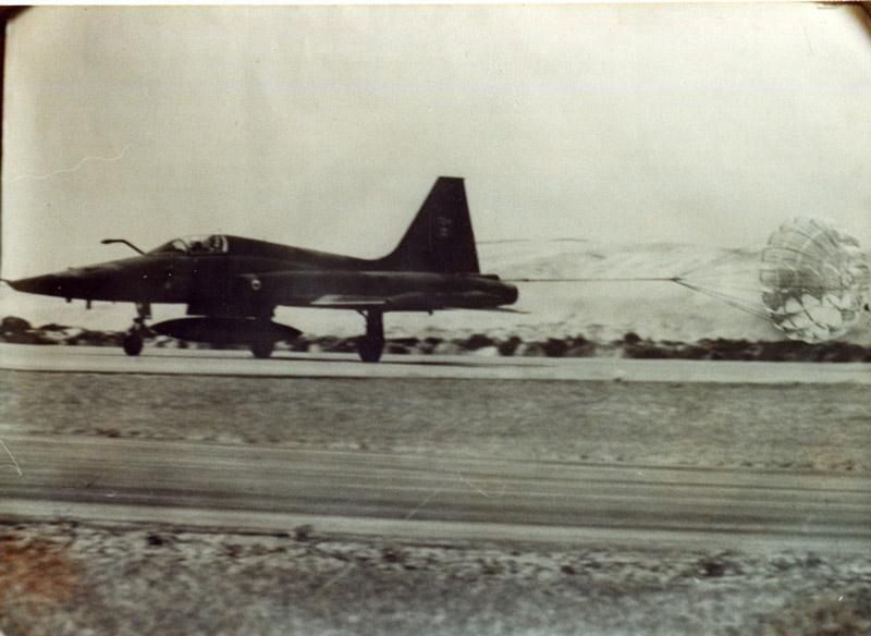 deceleration parachute behind F-5.